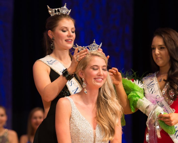 Danielle Wineman relinquished her Miss Montana crown to Lauren Scofield (Photo Credit: Bohle Images)