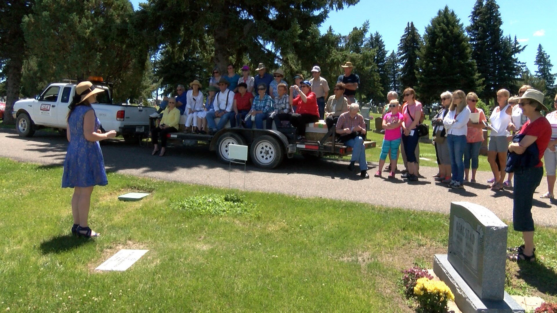 This year's tour featured 11 stops at the Highland Cemetery.