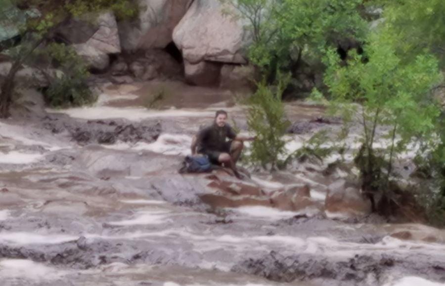 At Least 9 People Died In Arizona Flash Flooding Krtv