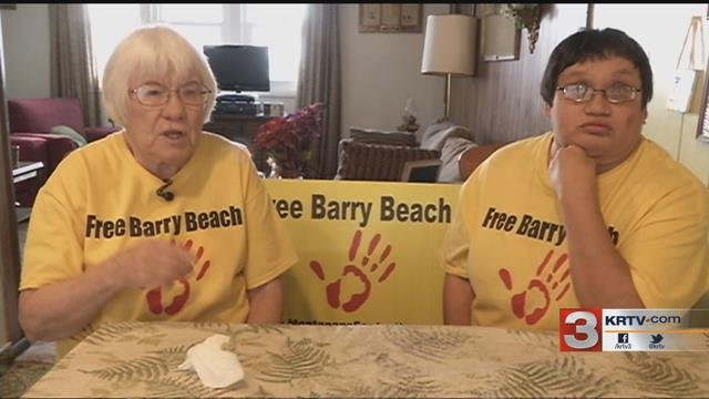 Barry Beach Supporter Sister Johnelle Howanach and her daughter Melissa Clark say that Beach's release has been a long time coming. (MTN News photo)