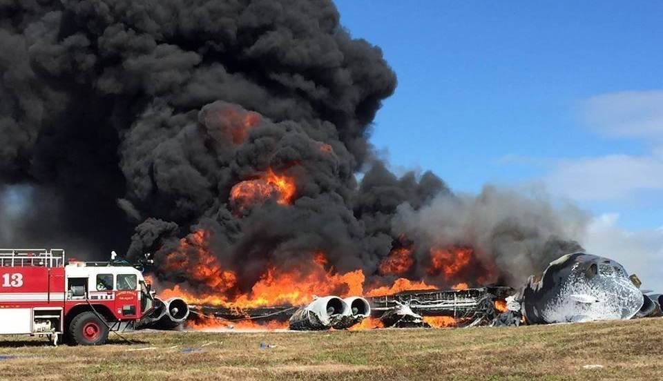 B 52 From Minot Afb Crashes In Guam No Injuries Reported